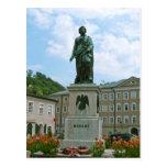 Estatua de Mozart en Salzburg Tarjeta Postal