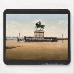 Estatua de Napoleon I, Cherbourg, Francia pH clási Tapete De Ratón