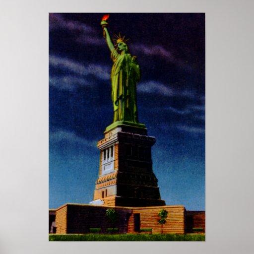 Estatua de New York City de la libertad en la noch Póster