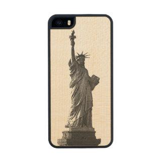 Estatua de New York City del caso de madera de la