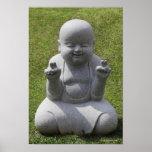 Estatua de piedra de Buda feliz Posters