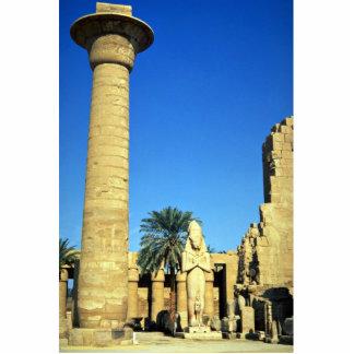 Estatua de Pinodjem I, templo de Karnak, Egipto Fotoescultura Vertical