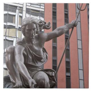Estatua de Portlandia, Portland, Oregon Azulejo Cuadrado Grande