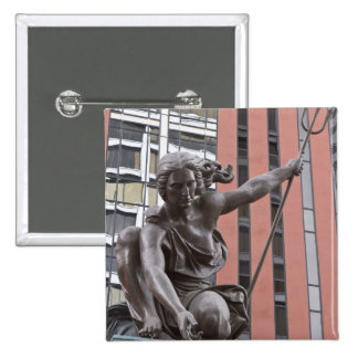 Estatua de Portlandia, Portland, Oregon Pin Cuadrada 5 Cm