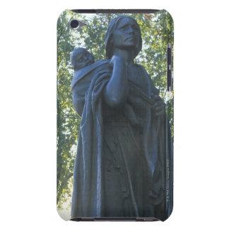 'Estatua de Sacagawea y su hijo, guía en iPod Case-Mate Coberturas