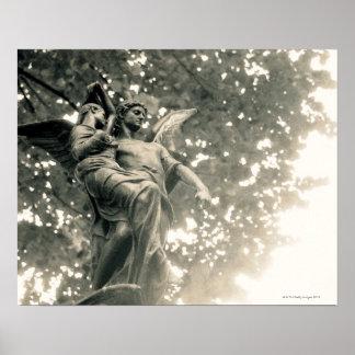Estatua de San Miguel cementerio de Pere Lachaise Impresiones