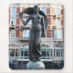 Estatua de señora Fortuna, Amsterdam Tapete De Ratones