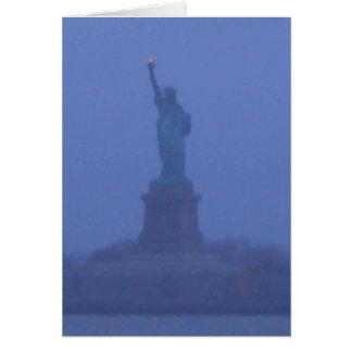 Estatua de señora Liberty The libertad los E E U U Felicitacion