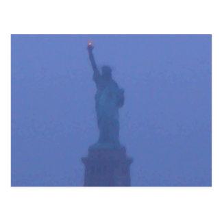 Estatua de señora Liberty The libertad los E E U U Tarjetas Postales