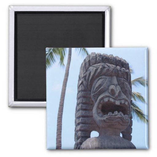 Estatua de Tiki en Kona, Hawaii - imán