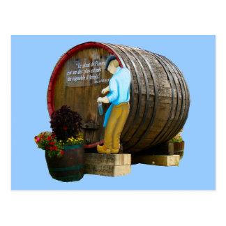 Estatua de un fabricante del vino; Región 4 del vi Postal