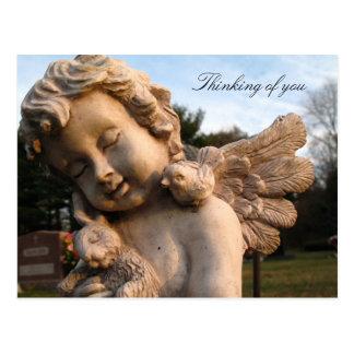 Estatua del ángel - pensando en usted postal