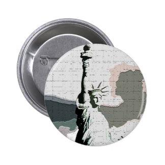 Estatua del arte pop de la libertad pin redondo de 2 pulgadas