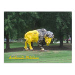 Estatua del bisonte postales