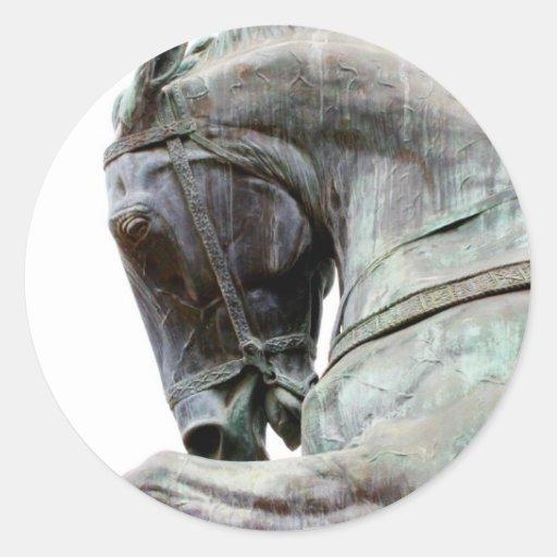 Estatua del caballo pegatinas redondas
