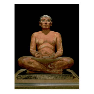 Estatua del escribano que se agacha postal