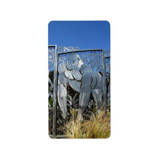Estatua del gorila etiquetas de dirección
