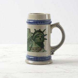 Estatua del griterío de la libertad jarra de cerveza