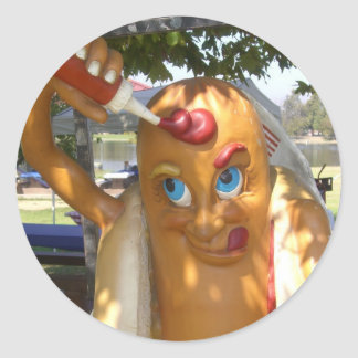 Estatua del hombre del perrito caliente pegatina redonda