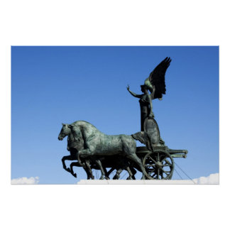 Estatua del montar a caballo de Victoria de la dio Posters