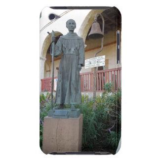 Estatua del padre Serra en la misión de Santa Barb iPod Case-Mate Carcasas
