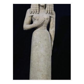 Estatua femenina, conocida como la diosa de postal