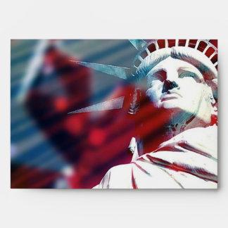 Estatua patriótica de los E.E.U.U. del sobre de la