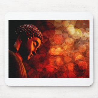 Estatua roja de bronce de Buda del zen Meditating Tapete De Raton
