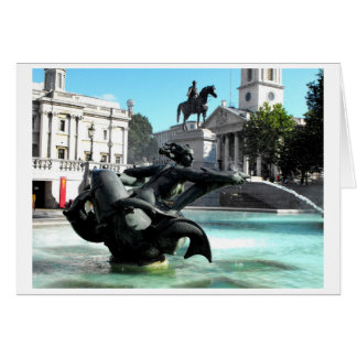 Estatua y fuente en el cuadrado de Trafalgar Tarjeta De Felicitación
