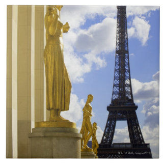 Estatuas y torre Eiffel Azulejo Cuadrado Grande