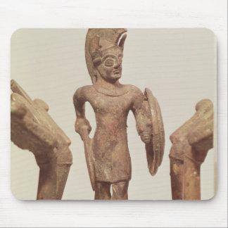 Estatuilla de un guerrero, c.490 A.C. Tapetes De Raton
