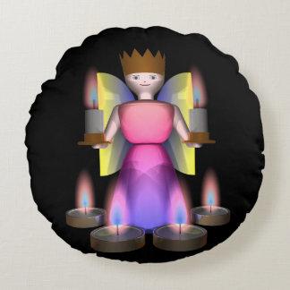 estatuilla del ángel con las velas cojín redondo