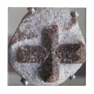 Estaurolita, intersección cristalina perfecta azulejo cuadrado pequeño