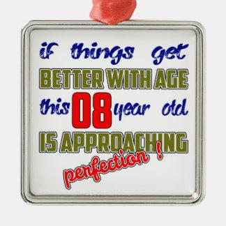 ¡Este 8 años se están acercando a la perfección! Adorno Cuadrado Plateado