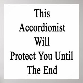 Este acordeonista le protegerá hasta el extremo impresiones