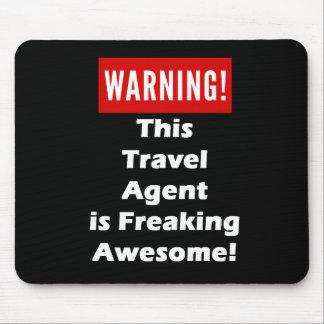 ¡Este agente de viajes es el Freaking Alfombrilla De Ratón