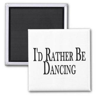 Esté bailando bastante imán de frigorífico