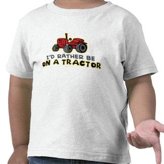 Esté bastante en un tractor camisetas