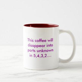 Este café desaparecerá en el desconocido i de las taza de dos tonos