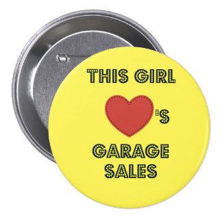Este chica ama el Pin del botón de la venta de