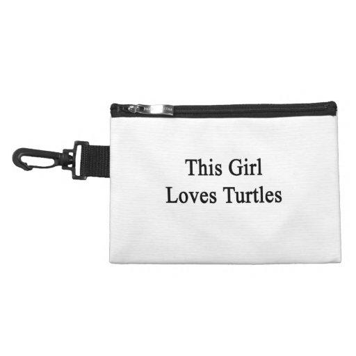 Este chica ama tortugas