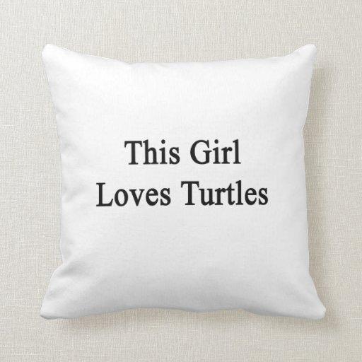 Este chica ama tortugas cojines