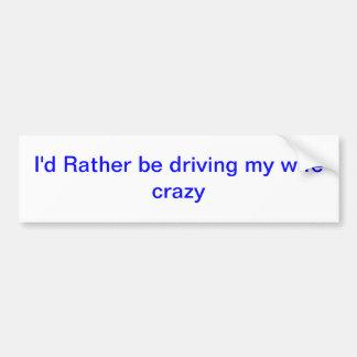 esté conduciendo bastante etiqueta de parachoque