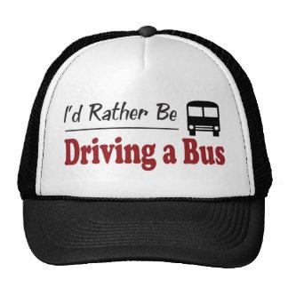 Esté conduciendo bastante un autobús gorro