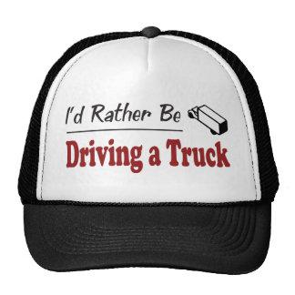 Esté conduciendo bastante un camión gorros