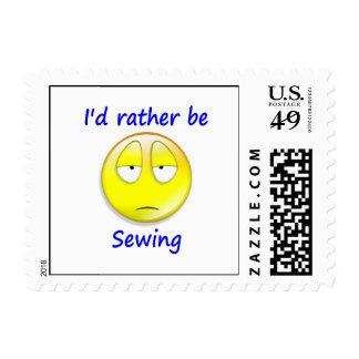 Esté cosiendo bastante sellos