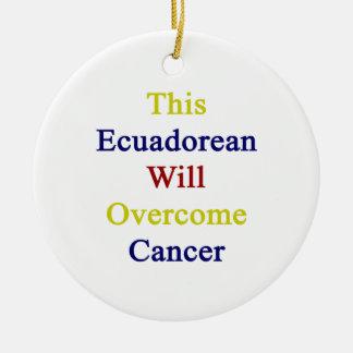 Este ecuatoriano superará al cáncer ornamento de navidad