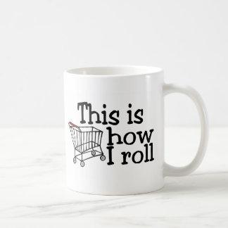 Éste es cómo ruedo el carro de la compra tazas de café