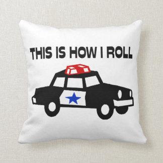 Éste es cómo ruedo en un coche del poli cojines