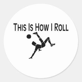 Éste es cómo ruedo retroceso del fútbol pegatina redonda